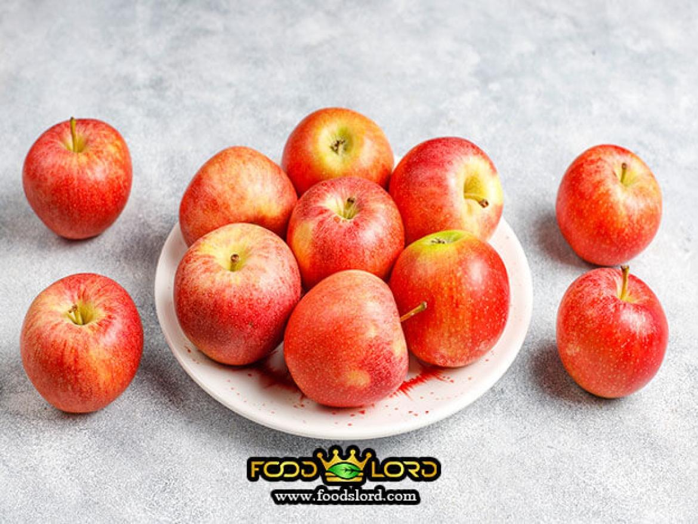 foodslord.com- red fresh apple